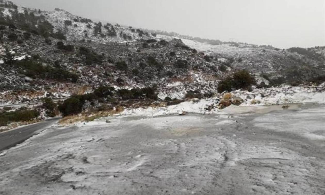 Στα λευκά  «ντύθηκε» για τα Χριστούγεννα και η Κρήτη (pics)