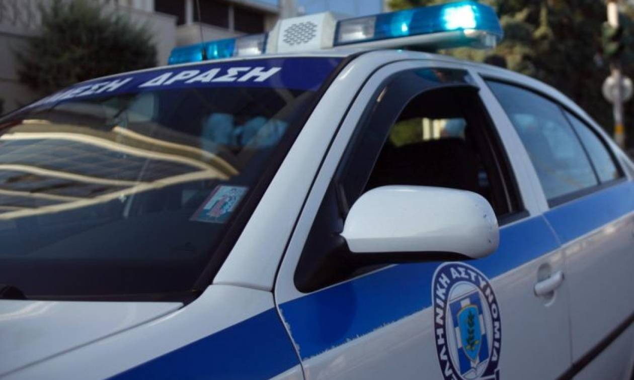 Κουκουλοφόροι με καλάσνικοφ επιτέθηκαν σε χρηματαποστολή στη Χαλκίδα