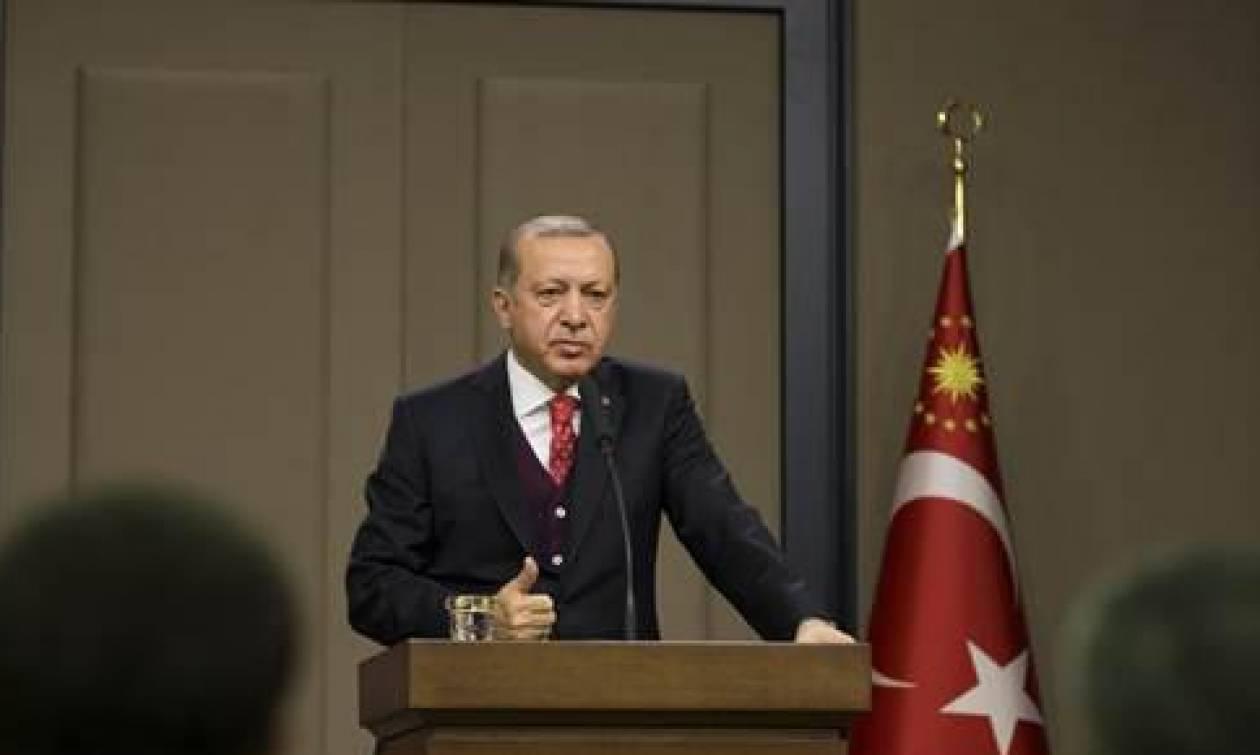 Ερντογάν: Ο Τραμπ έπρεπε να μου τηλεφωνήσει πριν αποφασίσει για την Ιερουσαλήμ