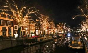 Πατινάζ, βόλτες με ποδήλατα και σόου πυροτεχνημάτων στο γιορτινό Άμστερνταμ!