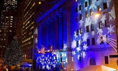 Tα Χριστούγεννα έφεραν πτώση στη Wall Street