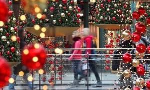 Ωράριο καταστημάτων: Αυτές τις ώρες θα είναι ανοιχτά μαγαζιά και σούπερ μάρκετ σήμερα (27/12)