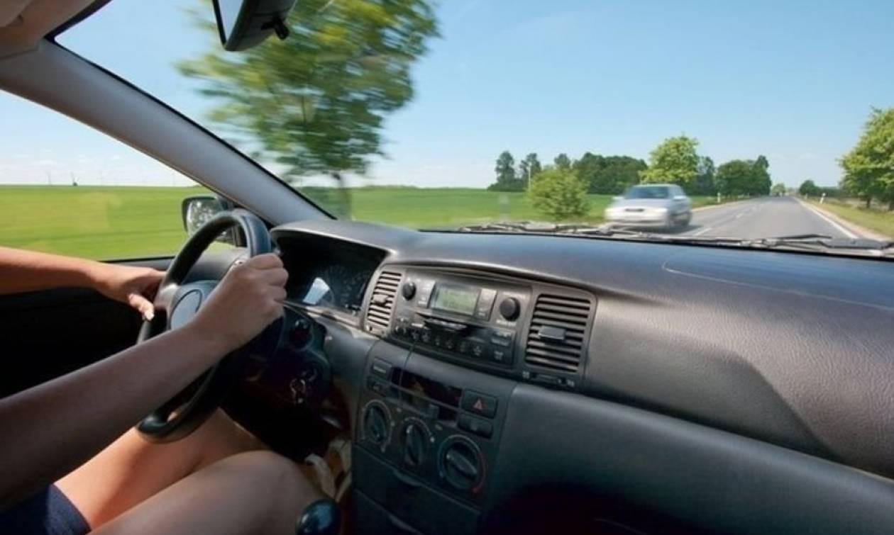 Χανιά: Η απίστευτη ατάκα γυναίκας οδηγού που πάρκαρε παράνομα το όχημά της (pics)