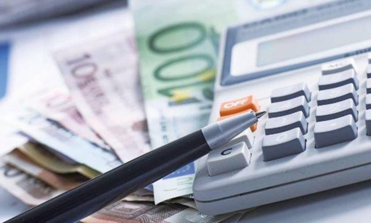 Αυτοί είναι οι νέοι φόροι που κάνουν «ποδαρικό» το 2018