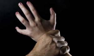 Καταγγελία - σοκ γυναίκας με κινητικά προβλήματα: «Μου έβγαλε το παντελόνι για να με βιάσει»
