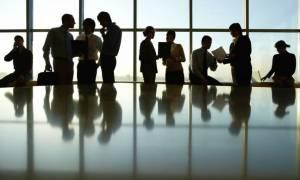 Δημόσιο: Μπαράζ προσλήψεων το 2018 - Δείτε τις θέσεις
