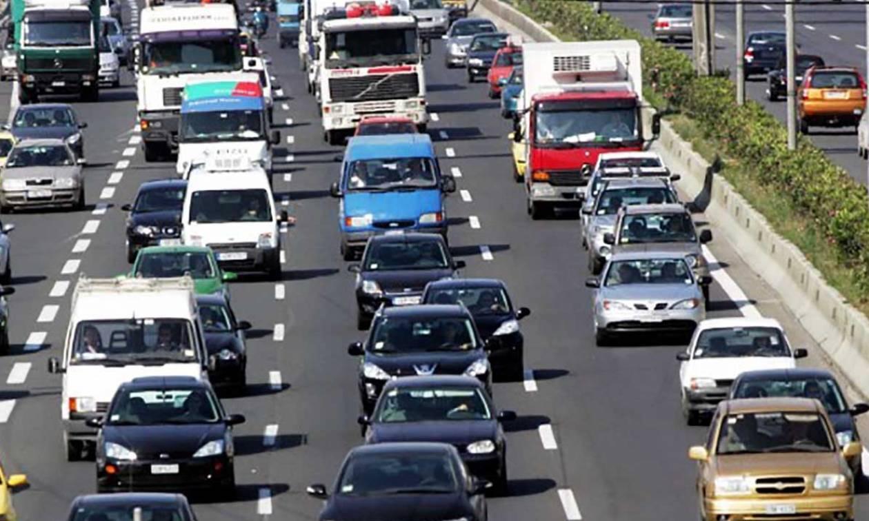 Οριστικό: Παράταση ως τις 5 Ιανουαρίου για τα τέλη κυκλοφορίας