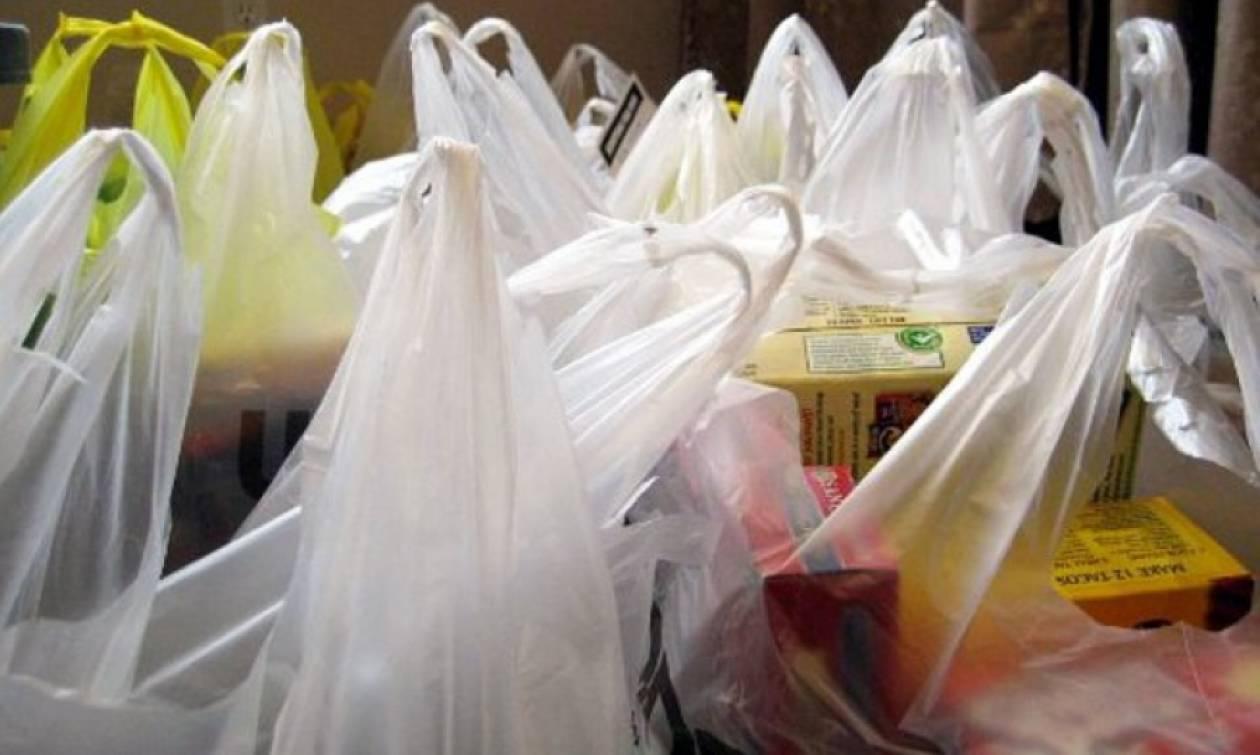 Πλαστική σακούλα: Δωρεάν διάθεση τέλος από το 2018 - Πόσο θα κοστίζουν στα σούπερ μάρκετ