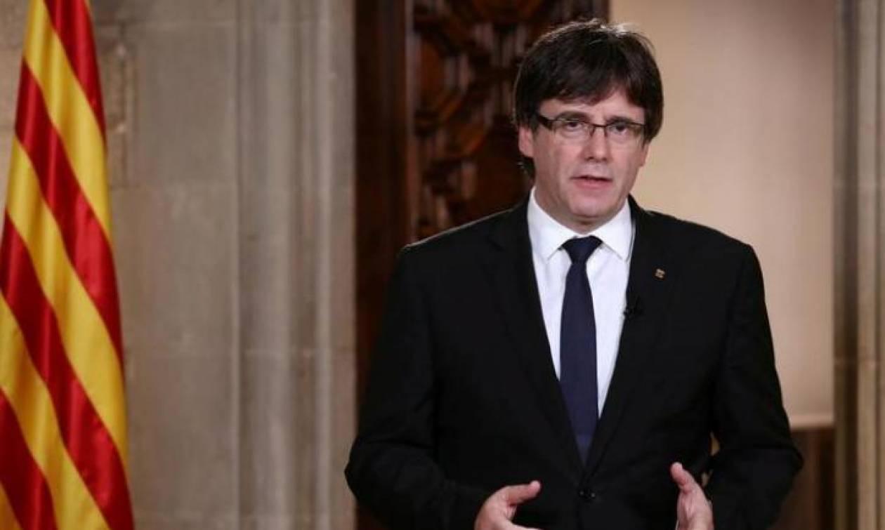 Πολιτική διαπραγμάτευση με τη Μαδρίτη ζητάει ο Πουτζδεμόν