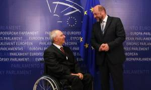 «Πάγος» του Σόιμπλε στον Σουλτς: Απορρίπτει την πρόταση για Ηνωμένες Πολιτείες της Ευρώπης