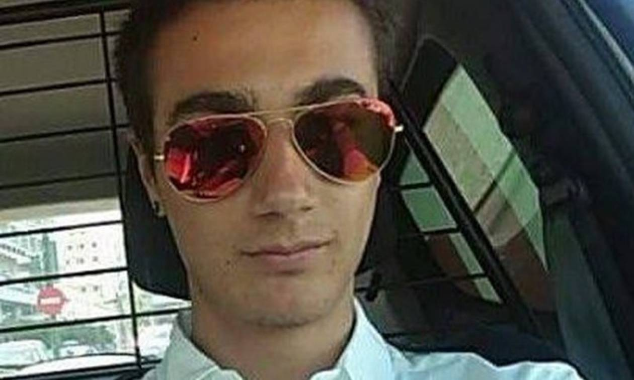 Θρήνος για τον Αλκίνοο Βαρσάκη – Τον βρήκε νεκρό η κοπέλα του στην μπανιέρα