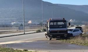Φάρσαλα: Αυτοκίνητο έπεσε πάνω σε κολόνα της ΔΕΗ