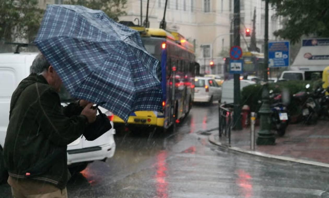 Αγριεύει ο καιρός: Έρχονται βροχές, χιόνια και καταιγίδες – Πότε θα «χτυπήσει» η κακοκαιρία