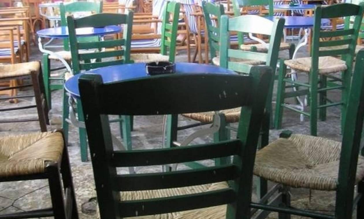 Περίμεναν να αλλάξει ο χρόνος και αυτό που συνέβη μέσα σε καφενείο δεν θα το ξεχάσουν ποτέ!