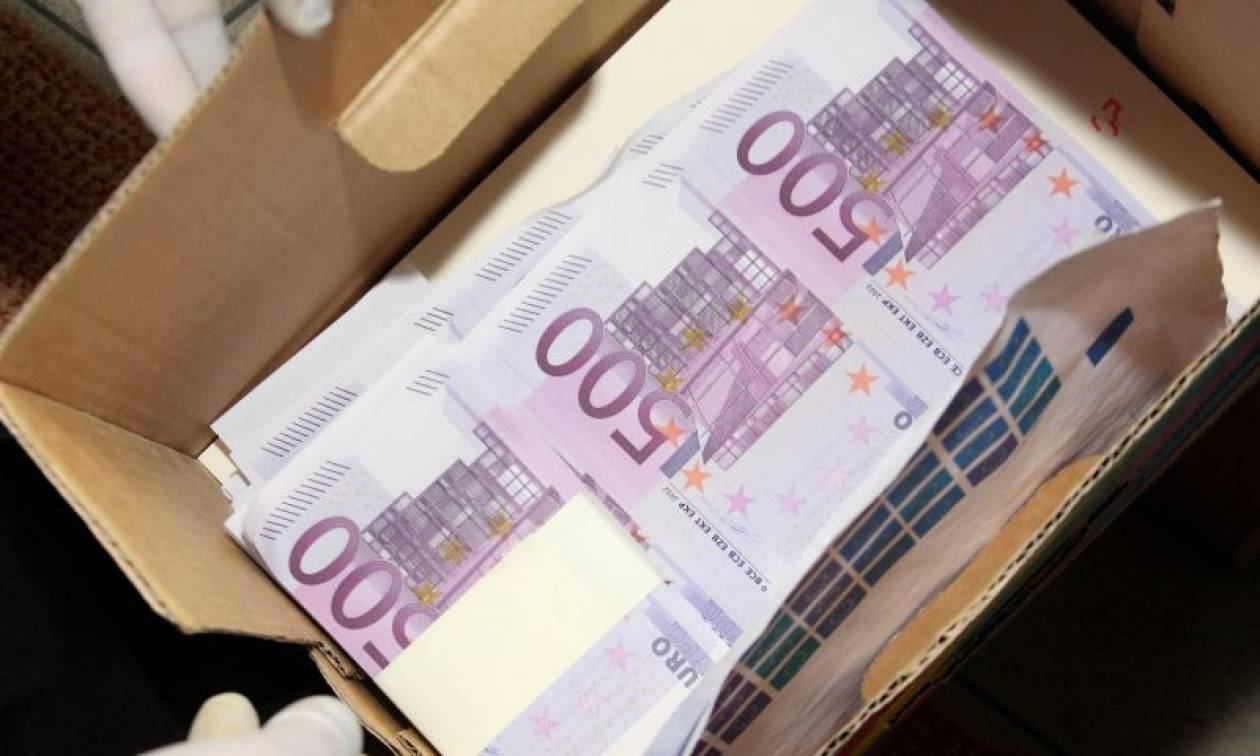 Βόλος - Κλοπή «μαμούθ»: Έτσι «έκαναν φτερά» τα 1.300.000 ευρώ και οι 400 λίρες Αγγλίας