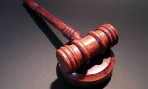 Ταϊβάν: Καταδικάστηκε να καταβάλει στη μητέρα του τα χρήματα που ξόδεψε εκείνη για την ανατροφή του