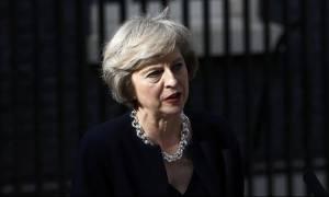 «Συγγνώμη» από τον βρετανικό λαό ζήτησε η Μέι