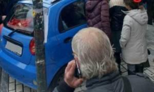 Απίστευτο τροχαίο στην Πάτρα: Μάνα άφησε τα παιδιά στο αμάξι και πήγε για ψώνια