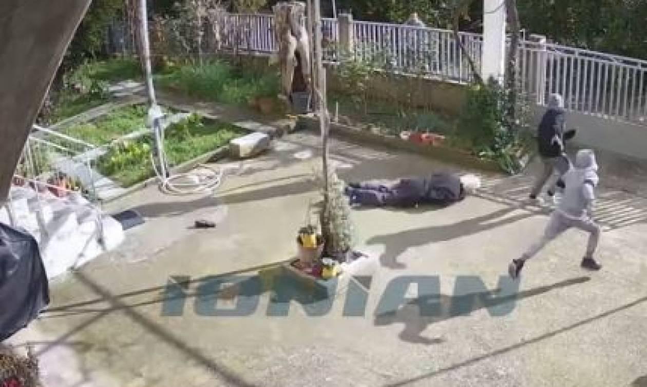 Επίθεση σε ηλικιωμένη στη Σπάρτη: Της είπε τα κάλαντα και γύρισε για να τη ληστέψει (vid)