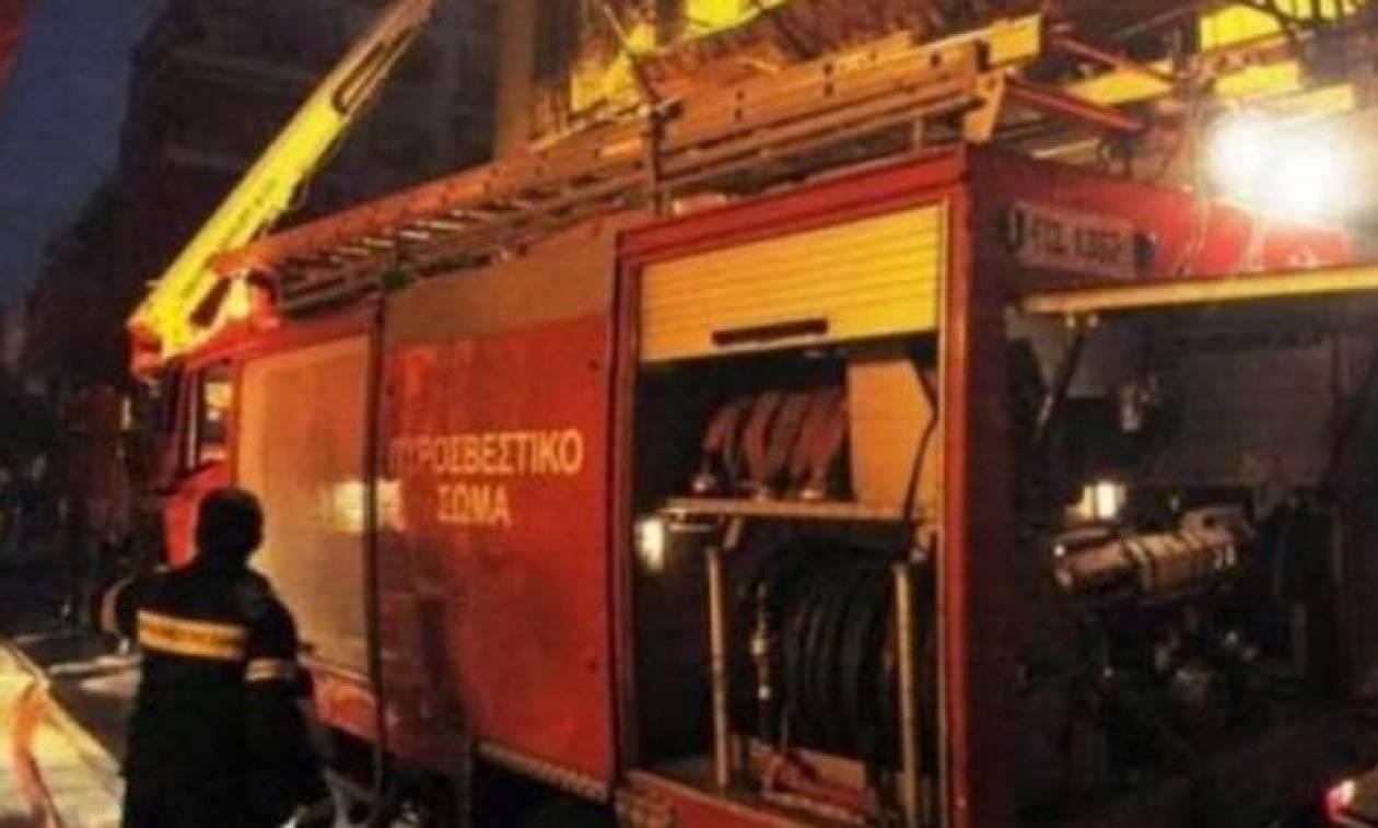 Θεσσαλονίκη: Πυρκαγιά σε δυο γερανούς στο εργοτάξιο του μετρό