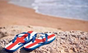 Οι Βρετανοί ξανάρχονται: Ελλάδα και Κύπρος κορυφαίοι τουριστικοί προορισμοί το 2018