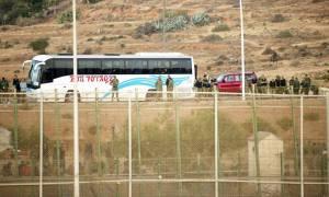 Ισπανία: Πάνω από 200 Αφρικανοί μετανάστες πέρασαν από τη μεταλλική περίφραξη στο θύλακα της Μελίγια