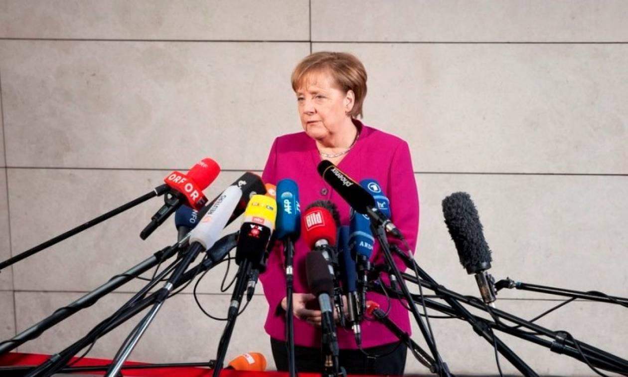 Γερμανία: Σε εξέλιξη οι κρίσιμες διαπραγματεύσεις για το σχηματισμό κυβέρνησης - Αισιόδοξη η Μέρκελ
