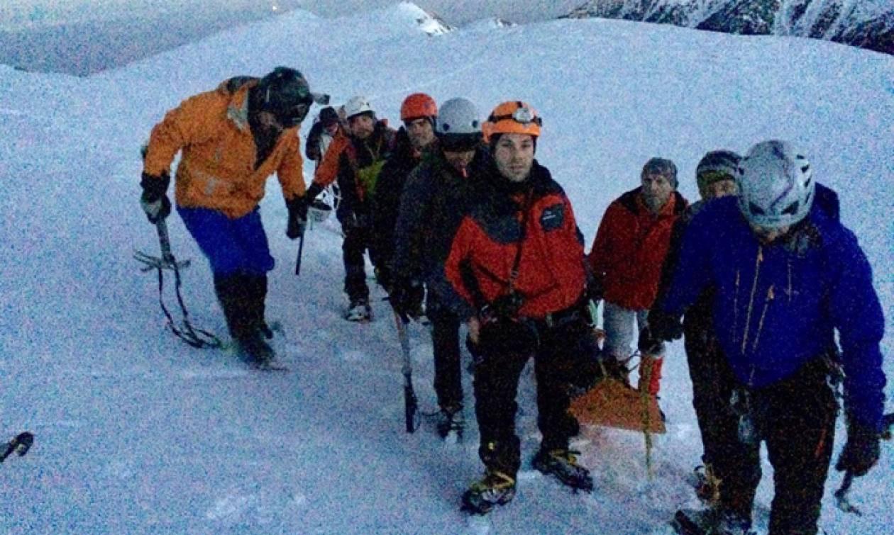 Καρέ - καρέ η επιχείρηση διάσωσης της 35χρονης ορειβάτισσας στον Όλυμπο (pics&vid)