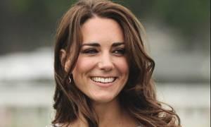 Η εμφάνιση της Kate Middleton που περίμενες καιρό! Δες τις φωτό της με πραγματικά φουσκωμένη κοιλιά