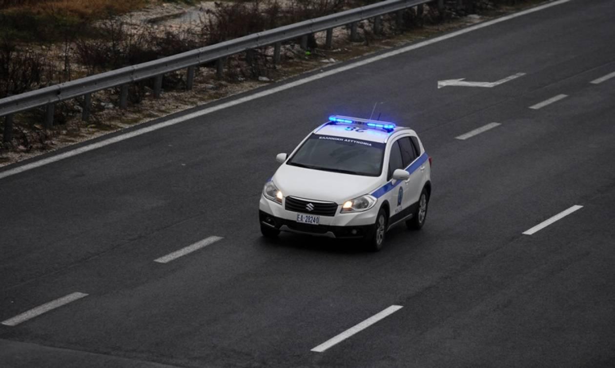 Νέα Θεσσαλονίκη: Κινηματογραφική καταδίωξη και τροχαίο με αυτοκίνητο που μετέφερε μετανάστες