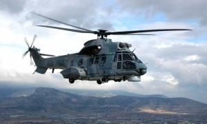 Μεταφορά πολυτραυματία με ελικόπτερο της Πολεμικής Αεροπορίας