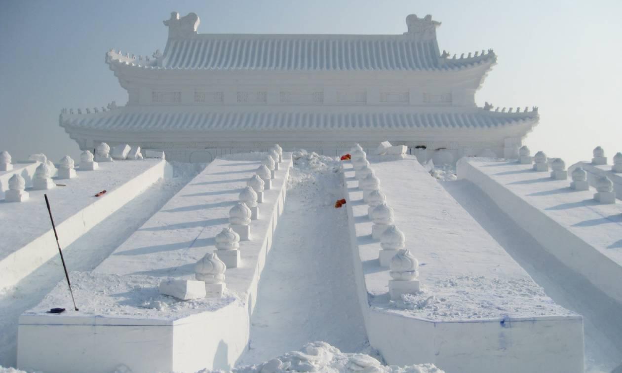 Σφοδρές χιονοπτώσεις «παρέλυσαν» την Κίνα - Τουλάχιστον 21 νεκροί (Pics)