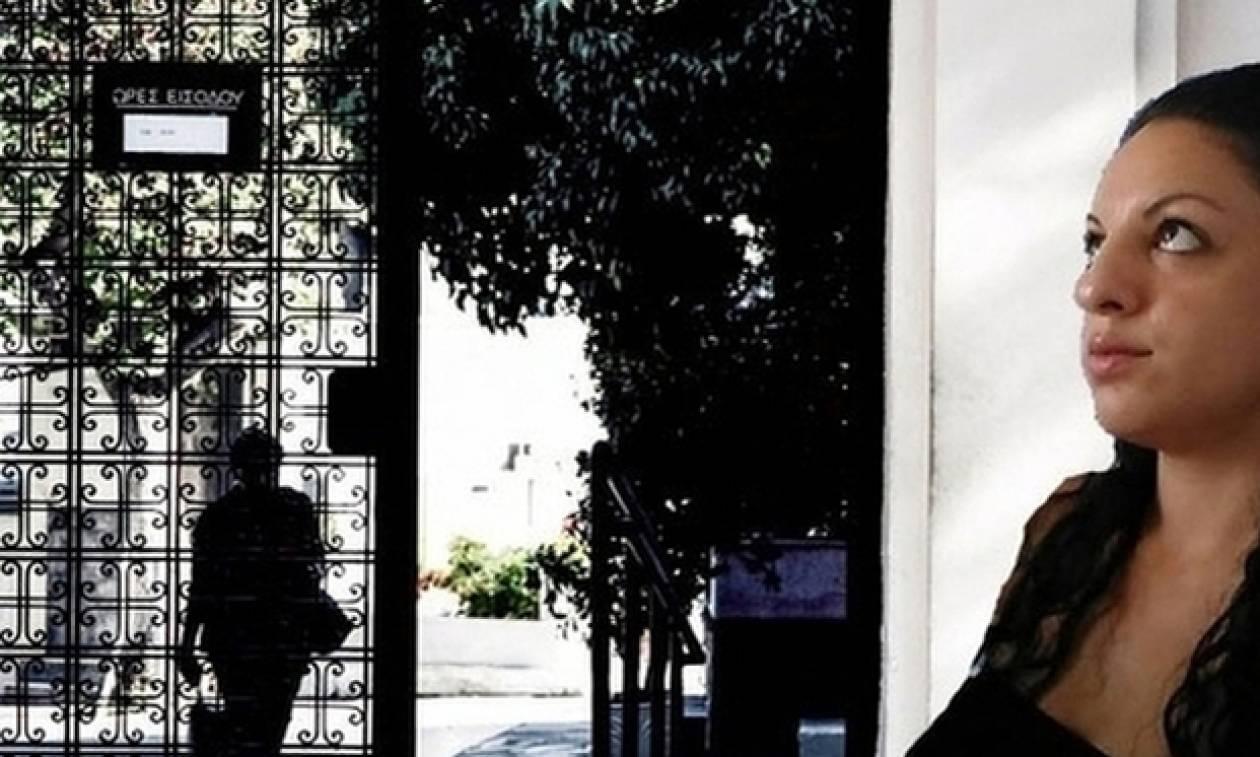 Δώρα Ζέμπερη: Το USB στην τσάντα της η αιτία της δολοφονίας;