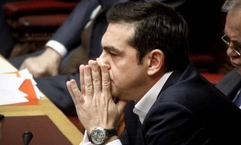 De Standaard: Ο Τσίπρας δανείζεται φτηνότερα από τον Τραμπ