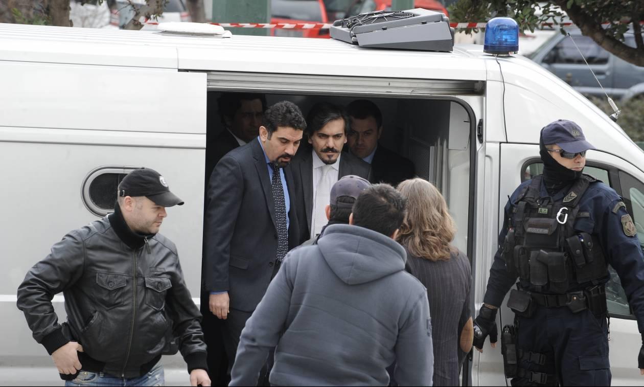Γερμανικός Τύπος - Μεταναστευτικό: Μαζική φυγή Τούρκων πολιτών προς την Ελλάδα