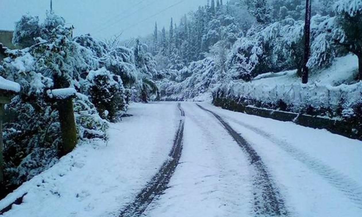 ΕΚΤΑΚΤΟ δελτίο επιδείνωσης καιρού: Ισχυρή κακοκαιρία με καταιγίδες και χιόνια θα «χτυπήσει» τη χώρα