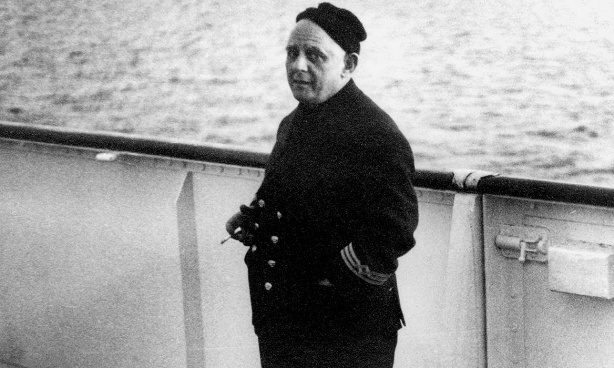 Σαν σήμερα το 1910 γεννήθηκε ο ναυτικός και λογοτέχνης Νίκος Καββαδίας