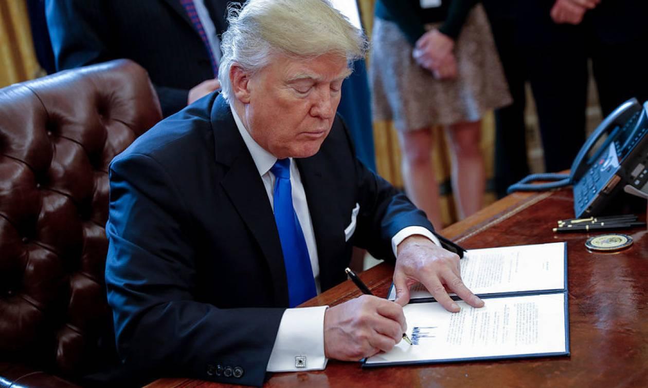 Σήμερα (12/1) η απόφαση του Τραμπ για τις κυρώσεις σε βάρος του Ιράν