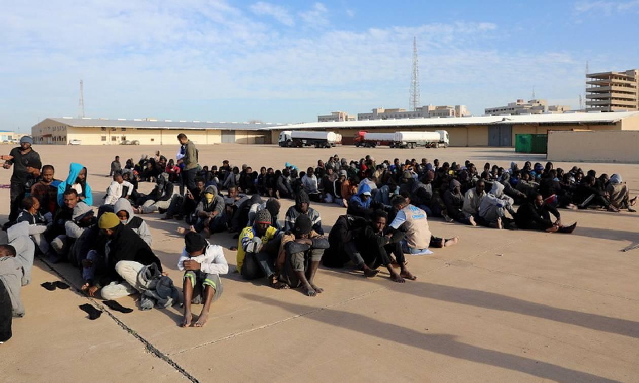 Λιβύη: Δεκάδες μετανάστες από διάφορες χώρες συνελήφθησαν και θα απελαθούν