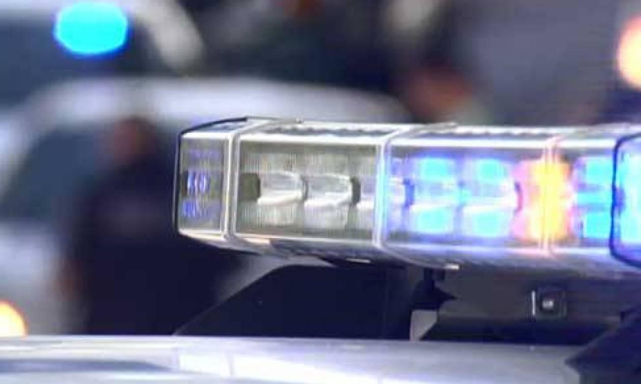 ΣΟΚ: 3χρονο αγοράκι βρέθηκε κλειδωμένο δίπλα στα πτώματα του παππού και της γιαγιάς του