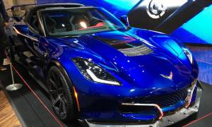 Αυτό είναι το πιο γρήγορο ηλεκτρικό αυτοκίνητο της αγοράς!