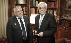 Συγχαρητήρια Παυλόπουλου στον Έλληνα ομογενή κοσμοναύτη Θεόδωρο Γιουρτσιχίν - Γραμματικόπουλο