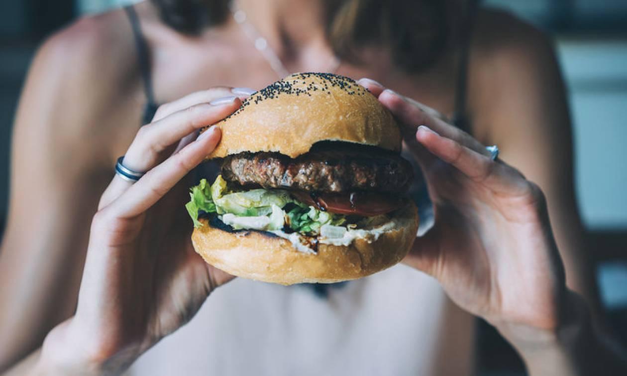 Ανθυγιεινές τροφές: Οι ολέθριες επιπτώσεις τους στο ανοσοποιητικό