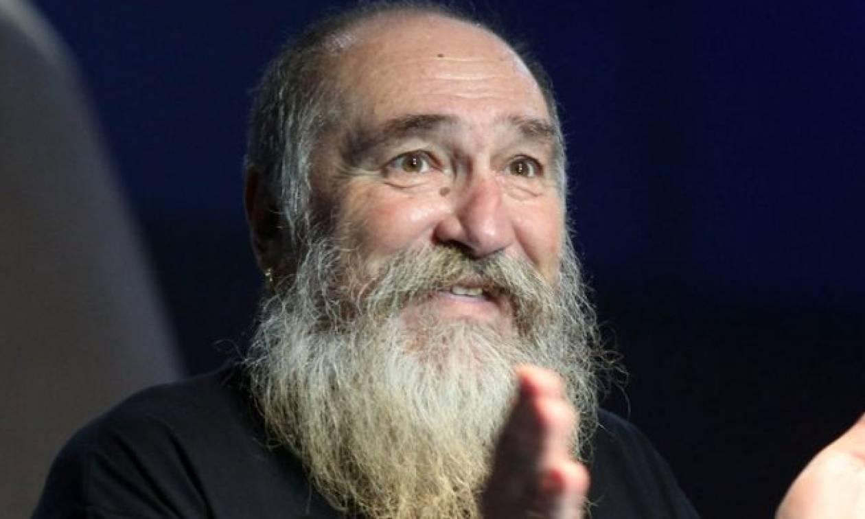 Πέθανε ο Τζίμης Πανούσης