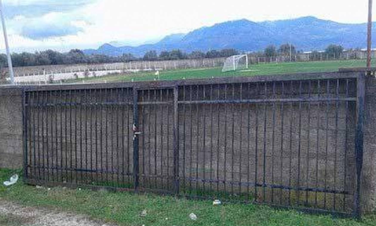 Τραγωδία σε γήπεδο στην Αιτωλοακαρνανία: Πατέρας πλακώθηκε από πόρτα και σκοτώθηκε