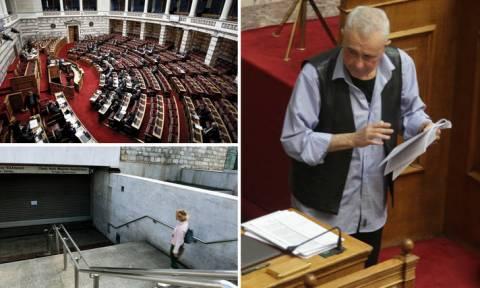 Ψηφίζεται το Πολυνομοσχέδιο με φόντο την παραίτηση Ζουράρι και τις απεργιακές κινητοποιήσεις