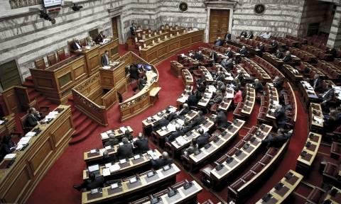 Βουλή LIVE: Η συζήτηση και η ψηφοφορία στη Βουλή για το πολυνομοσχέδιο