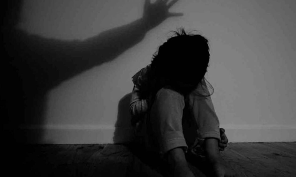 Φρίκη στην Κρήτη: Στο σκαμνί άνδρας που κακοποιούσε σεξουαλικά το 4χρονο παιδί του