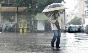 Καιρός: Πού θα βρέχει την Τρίτη (16/1) - Αναλυτική πρόγνωση