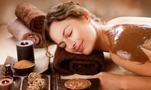 Θα κάνατε μασάζ με σοκολάτα;  (video)